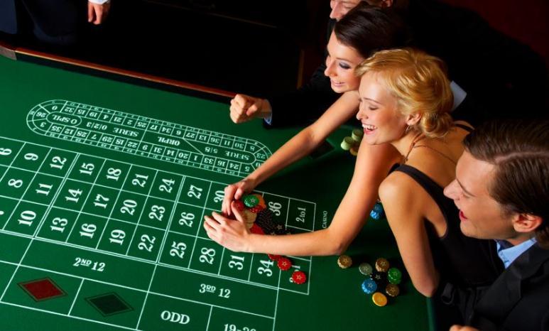 Valitse uudet kasinot ja pelaa ihmisten kanssa